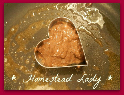 Heart healthy cranberry recipes for Valentine's Day - use a cookie cutter to make shapes for pancakes! - www.homesteadlady.com