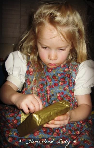 Leon Day and Homemade Christmas - Kids can make a lot of gifts to give on their own or with your assitance, making Christmas a little more meaningful - www.homesteadlady.com