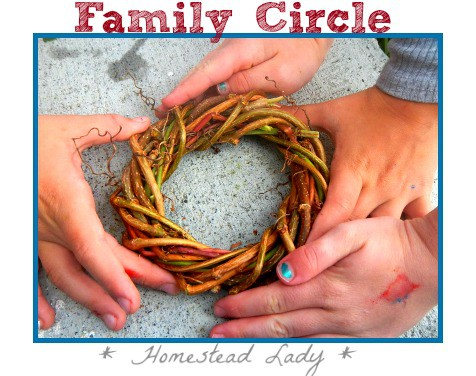 Homestead Fall Project l How to Make A Wreath l Homestead Lady