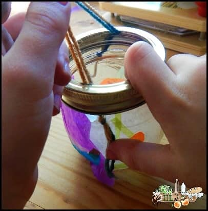 Mason Jar Lanterns l Easy to make and sturdy these handles require simple items l Homestead Lady (.com)